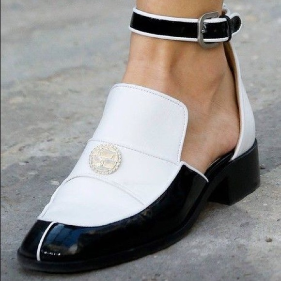 CHANEL Shoes - CHANEL Loafers